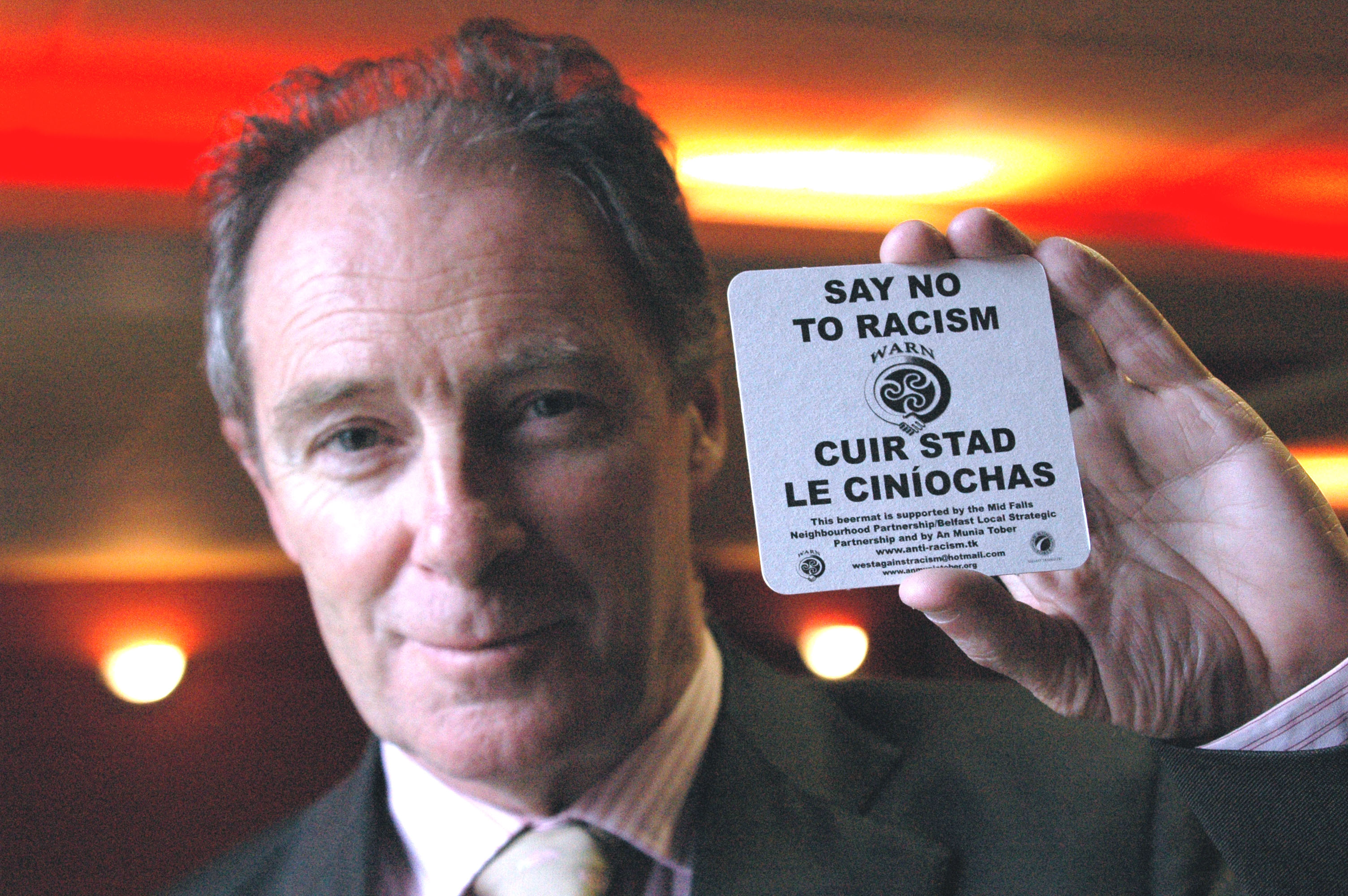 brian-kerr-launches-warn-anti-racism-pubs-and-clubs-initiative-march-2006