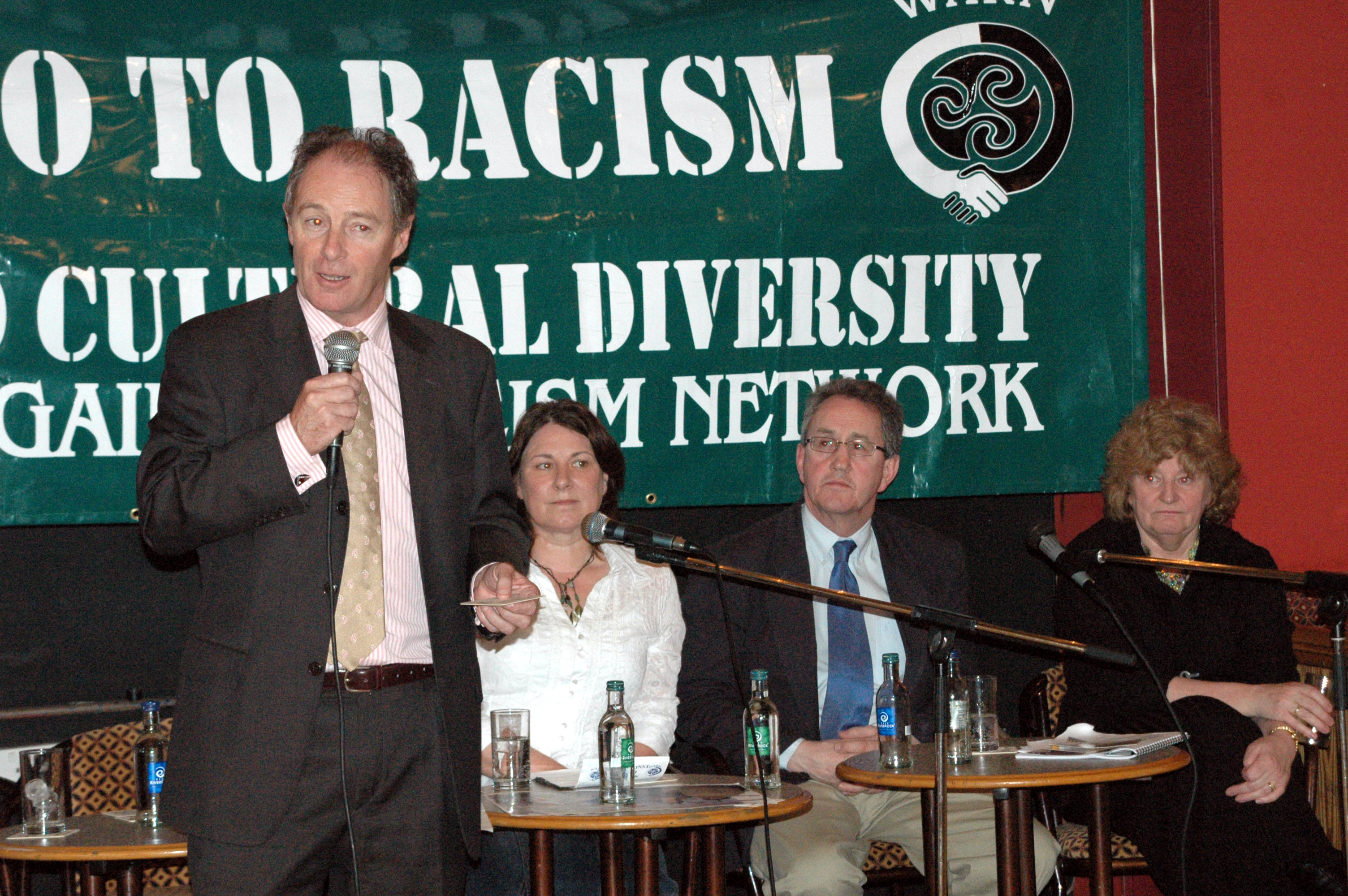 brian-kerr-una-marron-mickey-culbert-and-pamela-dooley-at-launch-of-anti-racism-pubs-and-clubs-initiative-march-2006